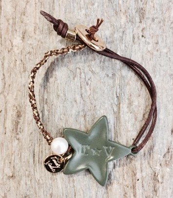 "Bracelet ""KAKI NEW GIRU WITH PEARL"""